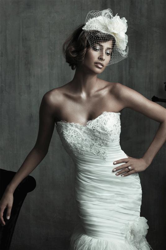 Свадебное платье с шляпкой