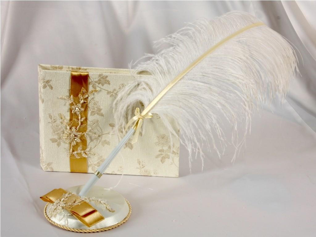 Ручка с пером на свадьбу фиолетовая - Свадебные аксессуары