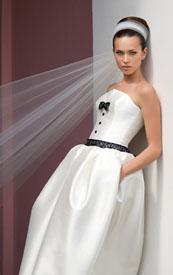 Многие невесты хотят, чтобы их свадебное платье было великолепным, неповторимым и оставляло неизгладимое впечатление. Невесты, у которых нет определенных